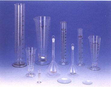 量筒、量杯、溶量瓶、表面皿