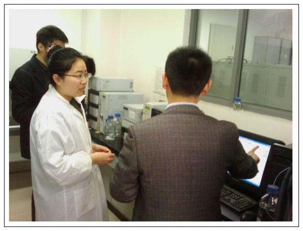 岛津公司在华东理工大学举行液相色谱仪专题技术讲座