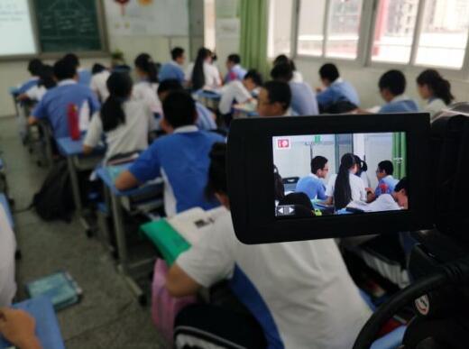 天闻数媒携手平安里学校 打造直播共享课堂