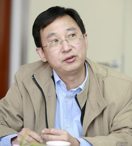 杭州华银教育多媒体科技有限公司董事长戴崇坚